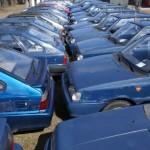 Policyjne auta czekają na nabywców
