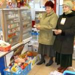 """Wolontariuszki w sklepie """"Chorten"""", foto: Izolda Hukałowicz"""