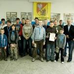 Uczestnicy Mistrzostw Powiatu Białostockiego w Szachach, fot. www.powiat.bialostocki.pl