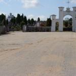 Utwardzanie drogi do cmentarza, fot. I. Hukałowicz