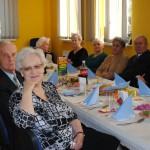 Seniorzy oglądają przedstawienie, foto: Izolda Hukałowicz