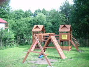 Plac zabaw w Kościukach powstał dzięki funduszom sołeckim. Fot. W. Cymbalisty